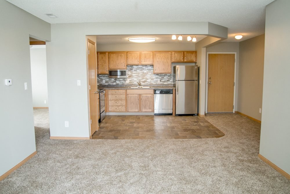 Photos and Video of Highland View Apartments in Lincoln, NE