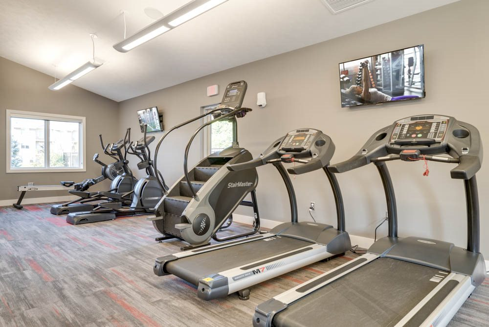 Cardio equipment at Highland View Apartments in north Lincoln NE 68521
