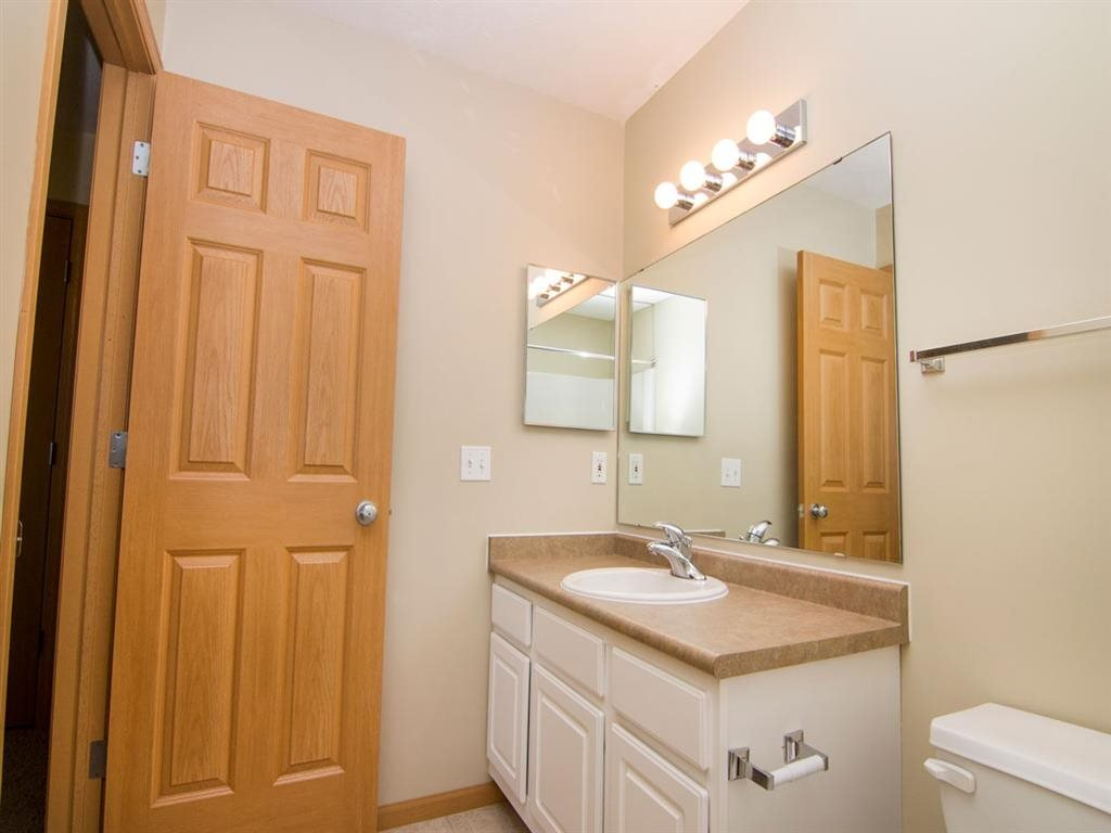 Interiors-Full Size Bathroom at Cascade Pines Duplex Homes in Lincoln NE