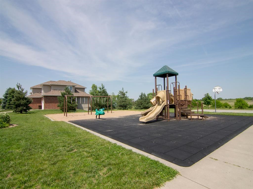 Exteriors-Cascade Pines Duplex Homes Playground in Lincoln NE