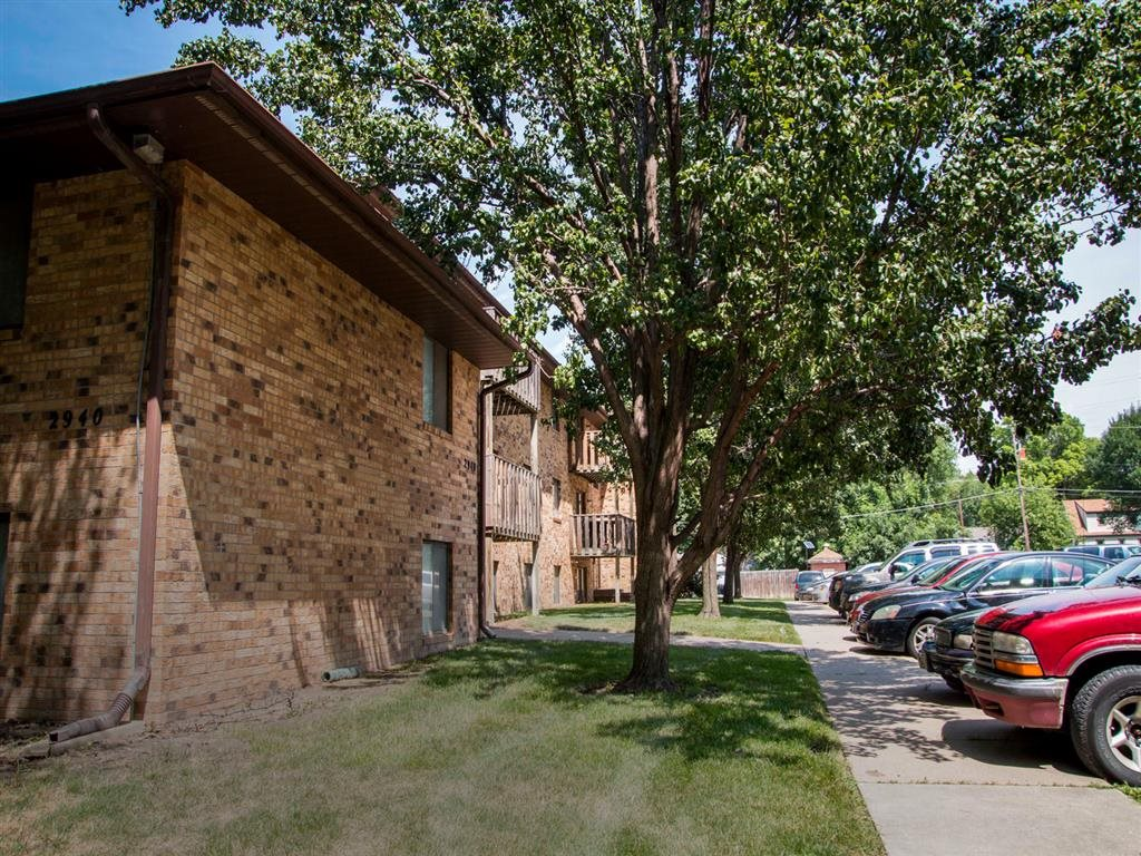 side of exterior at Moore Place Apartments in Lincoln Nebraska