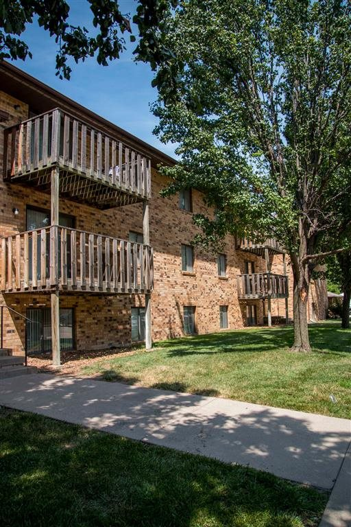 walking path to building at Moore Place Apartments in Lincoln Nebraska