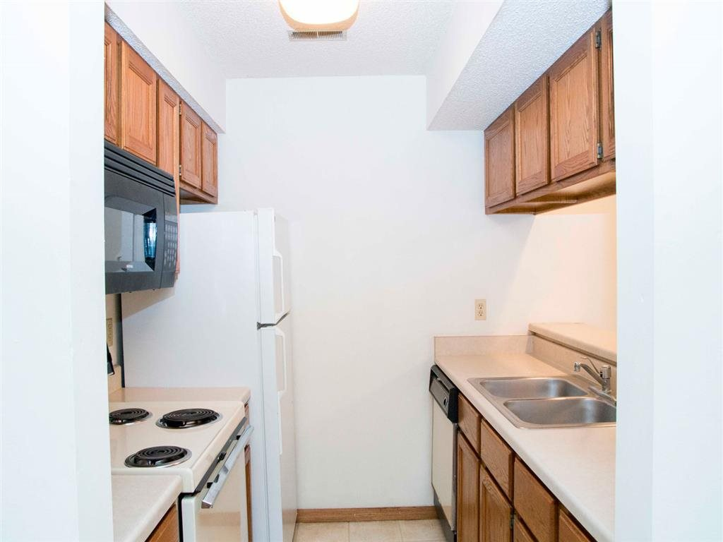 kitchen at Capitol View Apartments in Lincoln Nebraska