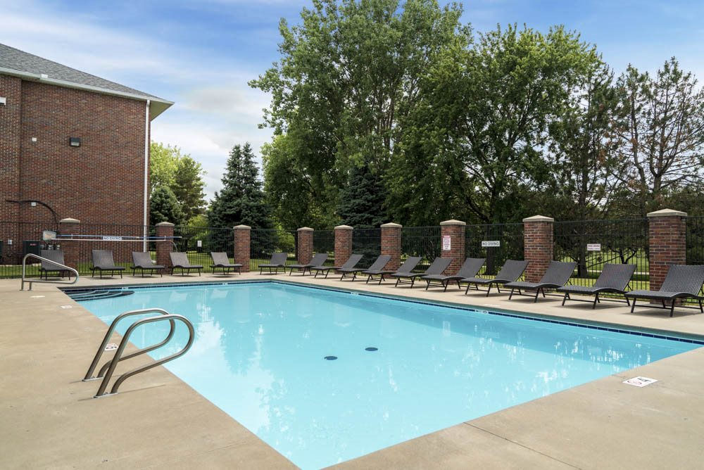 Pool at Williamsburg Park Apartments!