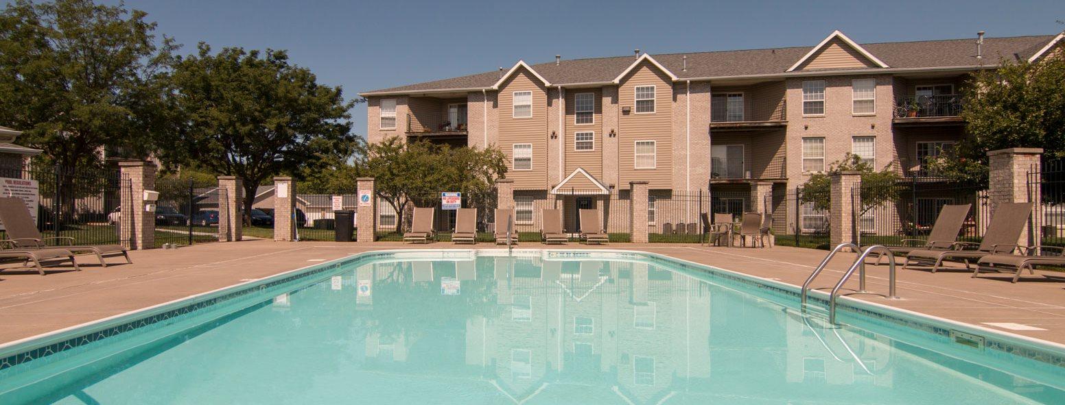 Swimming Pool At Eagle Run Apartments In Omaha Ne
