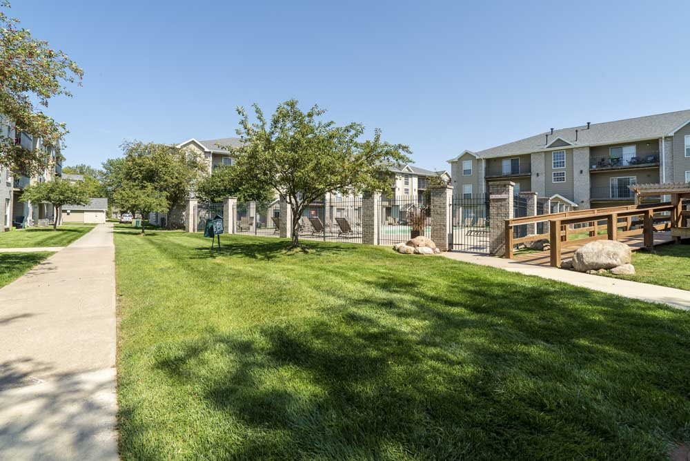 Greenspace around Eagle Run Apartments in northwest Omaha 68164