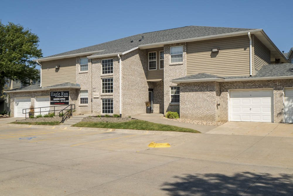 Leasing office at Eagle Run Apartments in northwest Omaha 68164