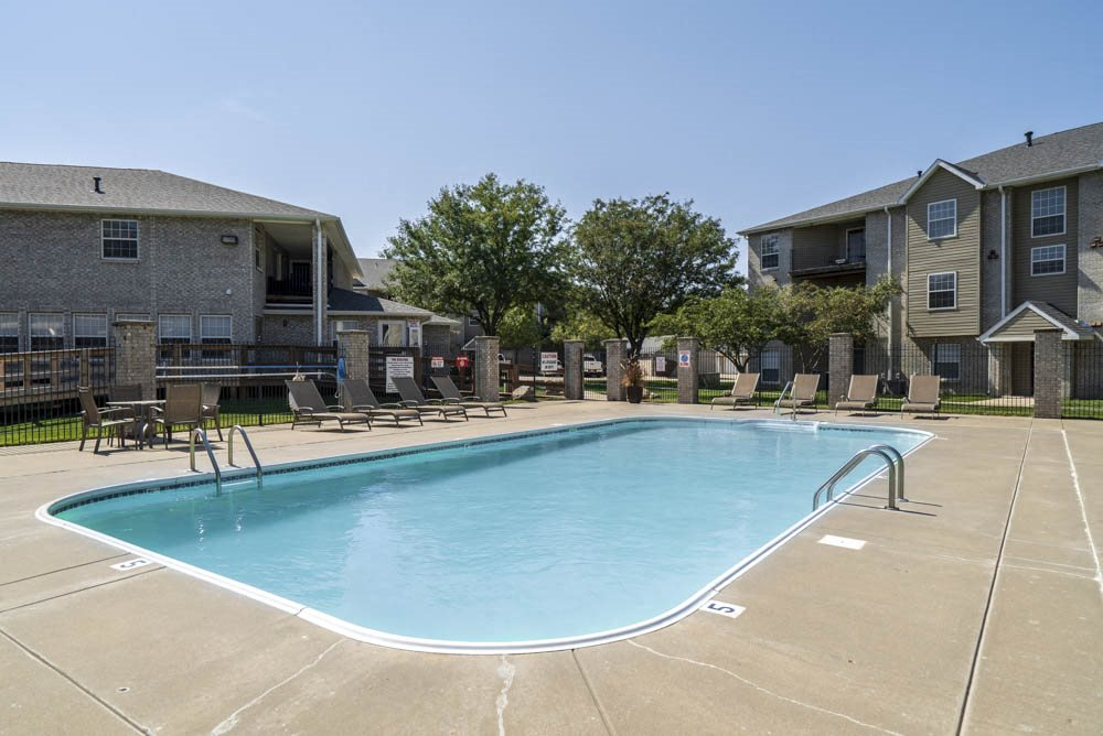 Outdoor pool at Eagle Run Apartments in northwest Omaha 68164
