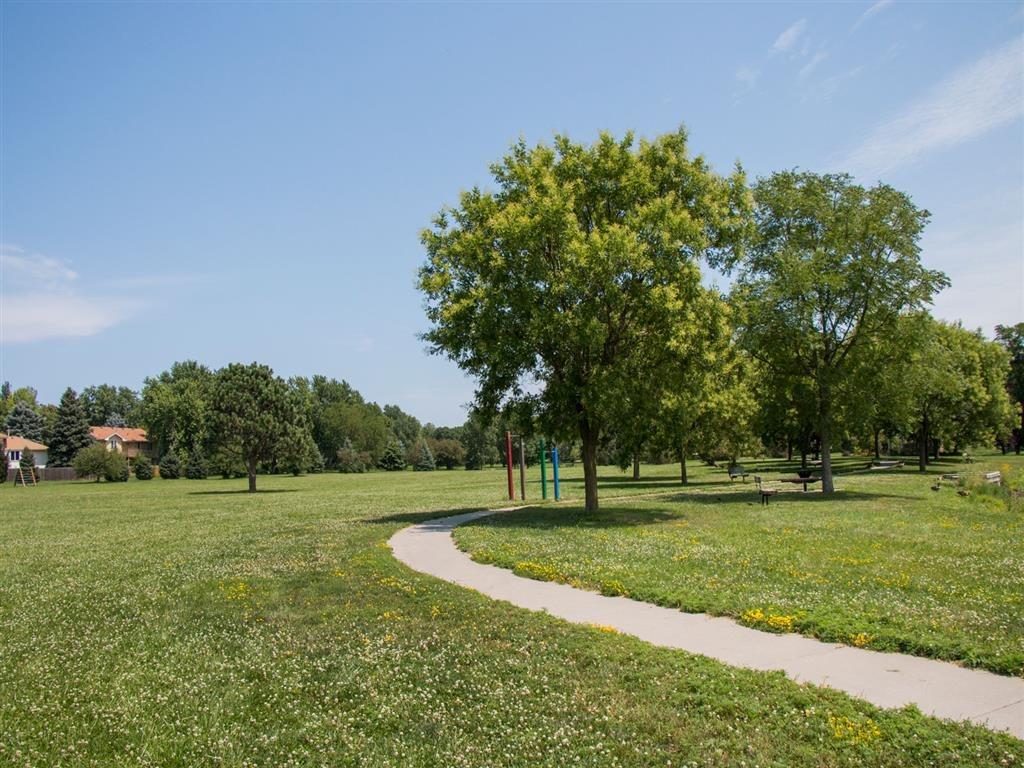 Rambleridge Park trail at Oakwood Trail Apartments