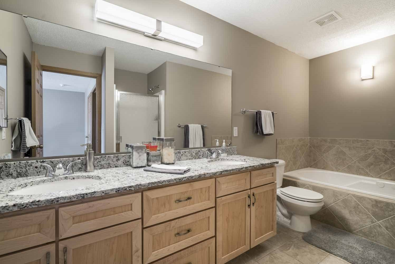 Master bath with soaking tub at Southwind Villas in southwest Omaha in La Vista, NE, 68128