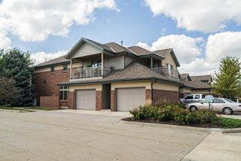 9501 Brentwood Drive 1-3 Beds Apartment for Rent Photo Gallery 1