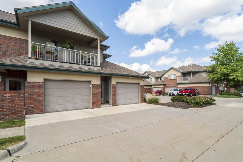 View of one and two car attached garage at Southwind Villas in southwest Omaha in La Vista, NE, 68128