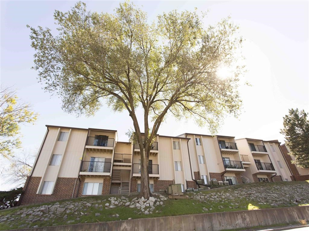 green space and exterior side at Place 72 in Omaha Nebraska