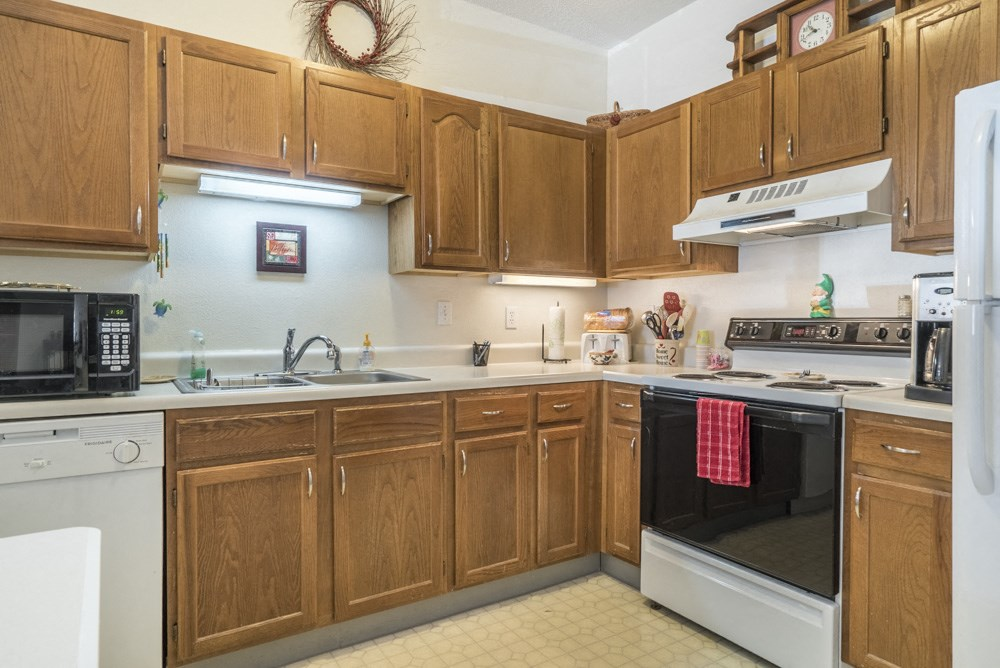 Interiors-Large kitchen with dishwasher at Wyndham Heights