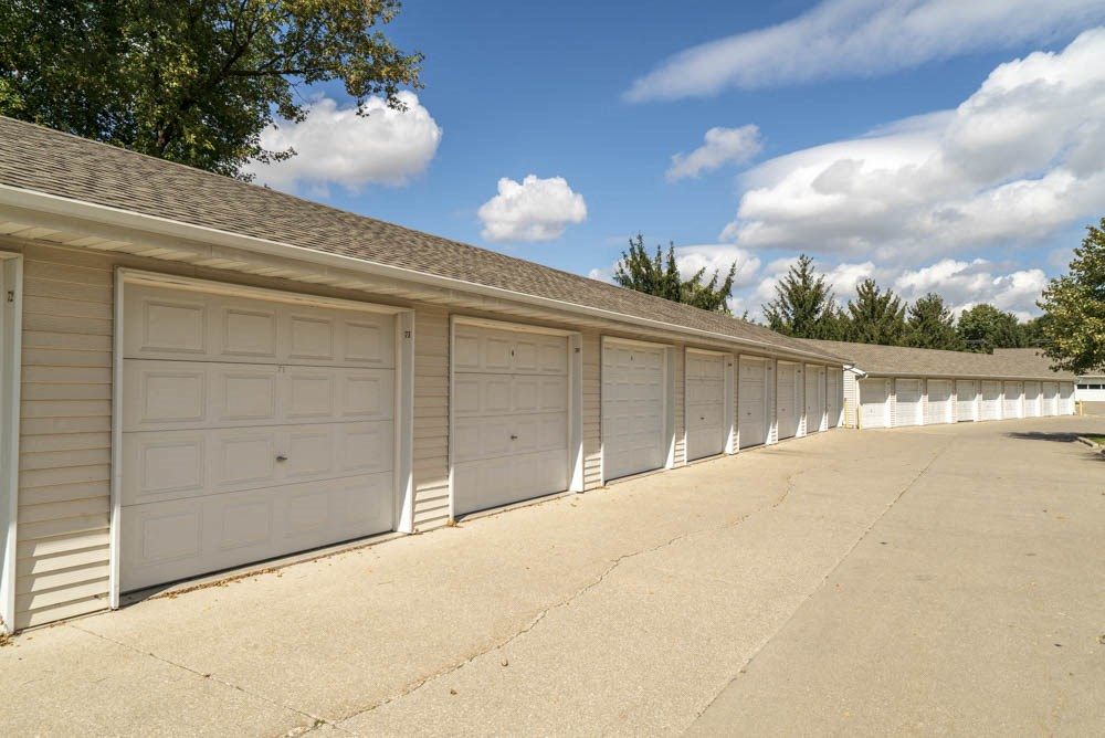 Detached garages for rent at Wyndham Heights Apartments in west Ames, IA 50014