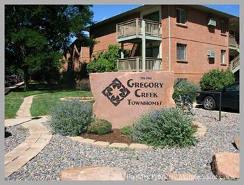 765 ARAPAHOE AVE 2-3 Beds Apartment for Rent Photo Gallery 1