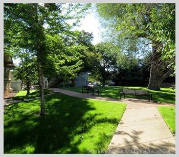 1100-28TH STREET APARTMENTS Studio-1 Bed Apartment for Rent Photo Gallery 1