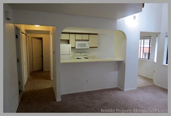 849-17TH STREET 4 Beds House for Rent Photo Gallery 1