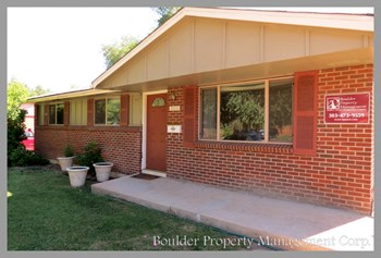 900-35TH STREET 3 Beds Apartment for Rent Photo Gallery 1