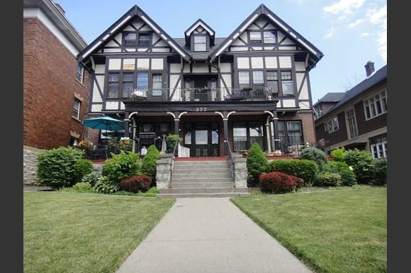 Elmwood Village Apartments, 618-377 Elmwood, Buffalo, NY