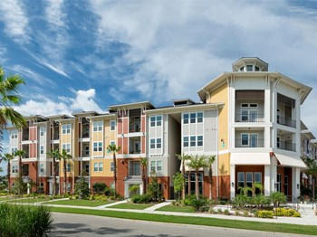 8240 Lakewood Ranch Blvd 1-3 Beds Apartment for Rent Photo Gallery 1
