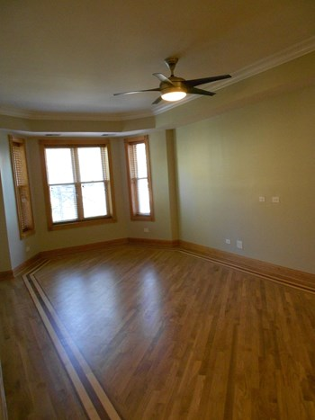 4516 S. Vincennes 3 Beds House for Rent Photo Gallery 1