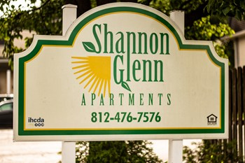 280 Shamrock Court 1-3 Beds Apartment for Rent Photo Gallery 1