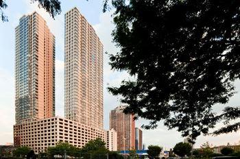 425 Washington Boulevard Studio-3 Beds Apartment for Rent Photo Gallery 1