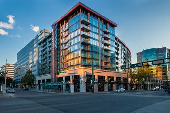 10823 Jasper Ave 1-2 Beds Apartment for Rent Photo Gallery 1