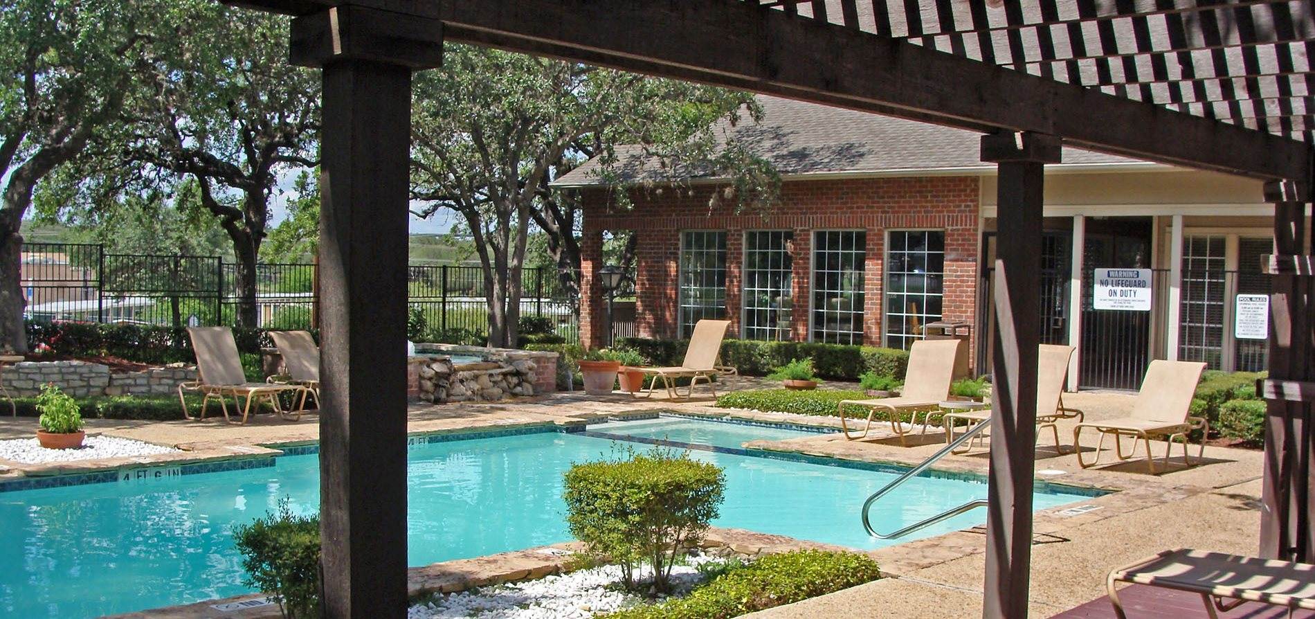 Summit Oaks Apartments San Antonio