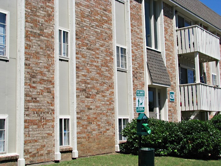 Exterior at Hearth Hollow Apartments in Derby, KS
