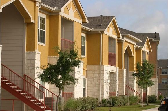 Rancho Sierra Apartments 1327 Mission Grande San Antonio