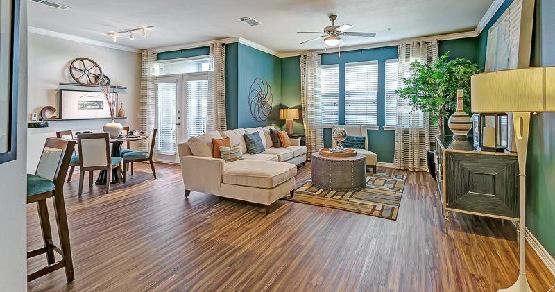 Via Las Colinas Apartments In Irving Tx