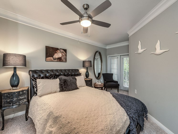 Bedroom Interior at The Circle at Hermann Park in Houston, Texas