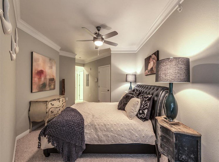 Bedrooms With Ceiling Fans at The Circle at Hermann Park in Houston, Texas