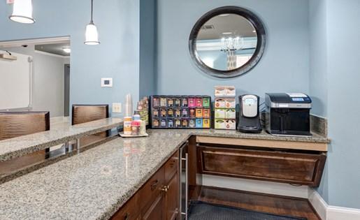 Cafe at La Maison River Oaks Apartments in Houston, Texas