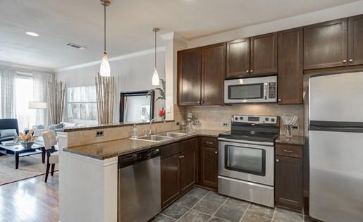 Stainless Steel Appliancesat La Maison River Oaks Apartments in Houston, Texas