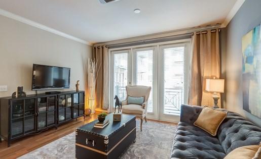 Living Room at La Maison River Oaks Apartments in Houston, Texas