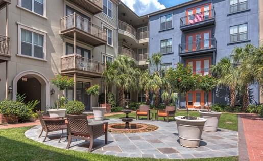 Outdoor Walkway at La Maison River Oaks Apartments in Houston, Texas