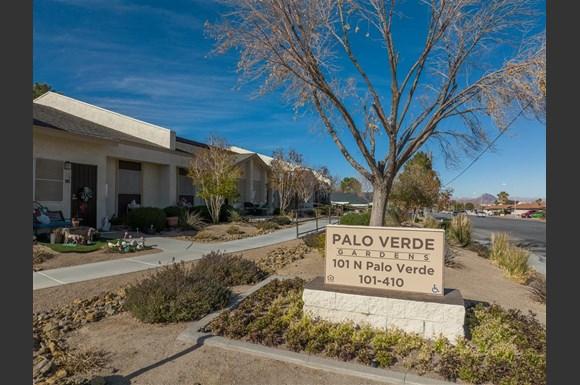 NV Henderson PaloVerdeGardens p0537847 1 01 1 PhotoGallery - Palo Verde Gardens Apartments Henderson Nv