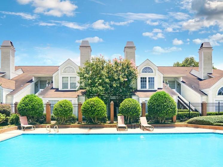Swimming pool at Rosewood Apartments