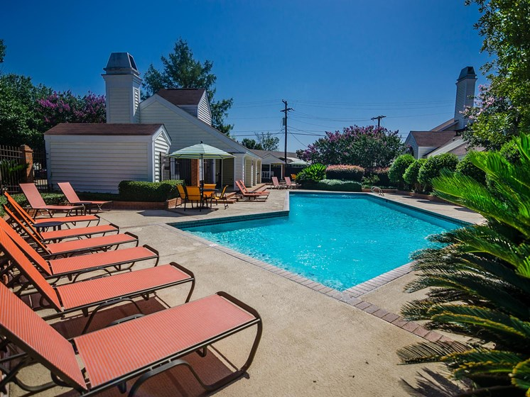 Pool side at Rosewood Apartments in Alexandria, LA