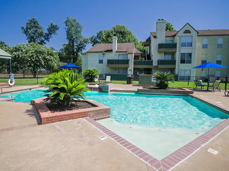 pool at Pecan Grove Apartments