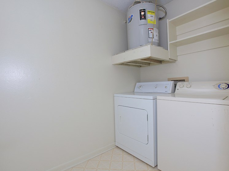 washer/dryer  at Pecan Grove in Alexandria Louisiana