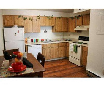 555 N. 7Th Street 2 Beds Apartment for Rent Photo Gallery 1