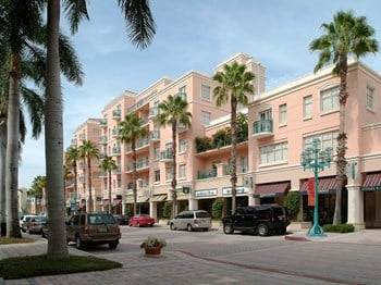 401 N.E. Mizner Blvd. Suite 201 1-3 Beds Apartment for Rent Photo Gallery 1