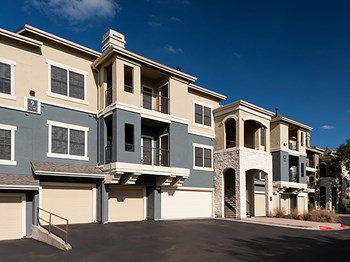 7011 W. Parmer Lane 1-4 Beds Apartment for Rent Photo Gallery 1