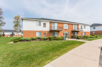 4591 Southwestern Blvd 1-2 Beds Apartment for Rent Photo Gallery 1