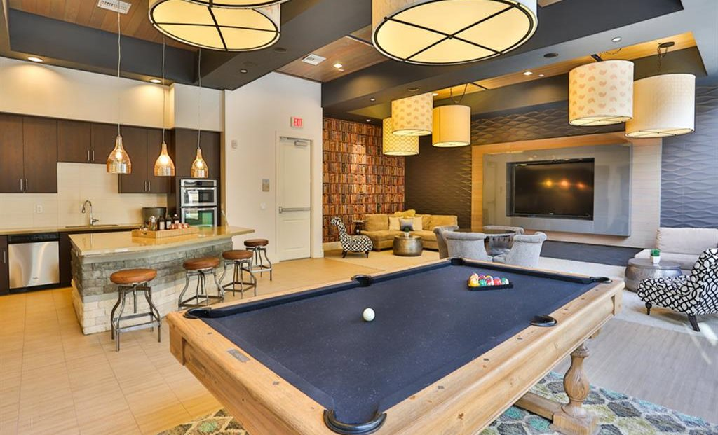 Resident lounge with business center and billiards