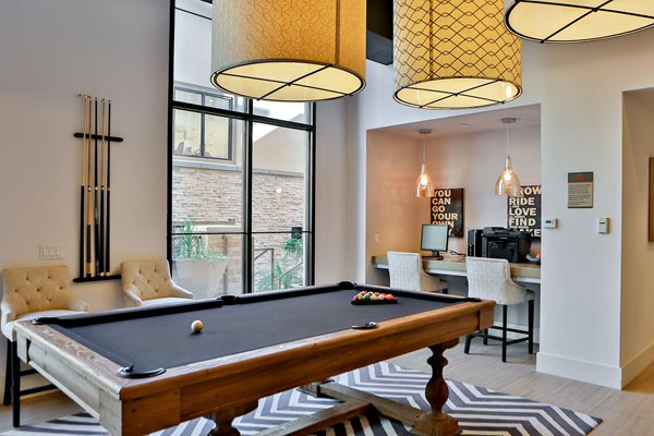 Resident Lounge with Business Center and Billiards at Camelback, Phoenix, AZ,85016